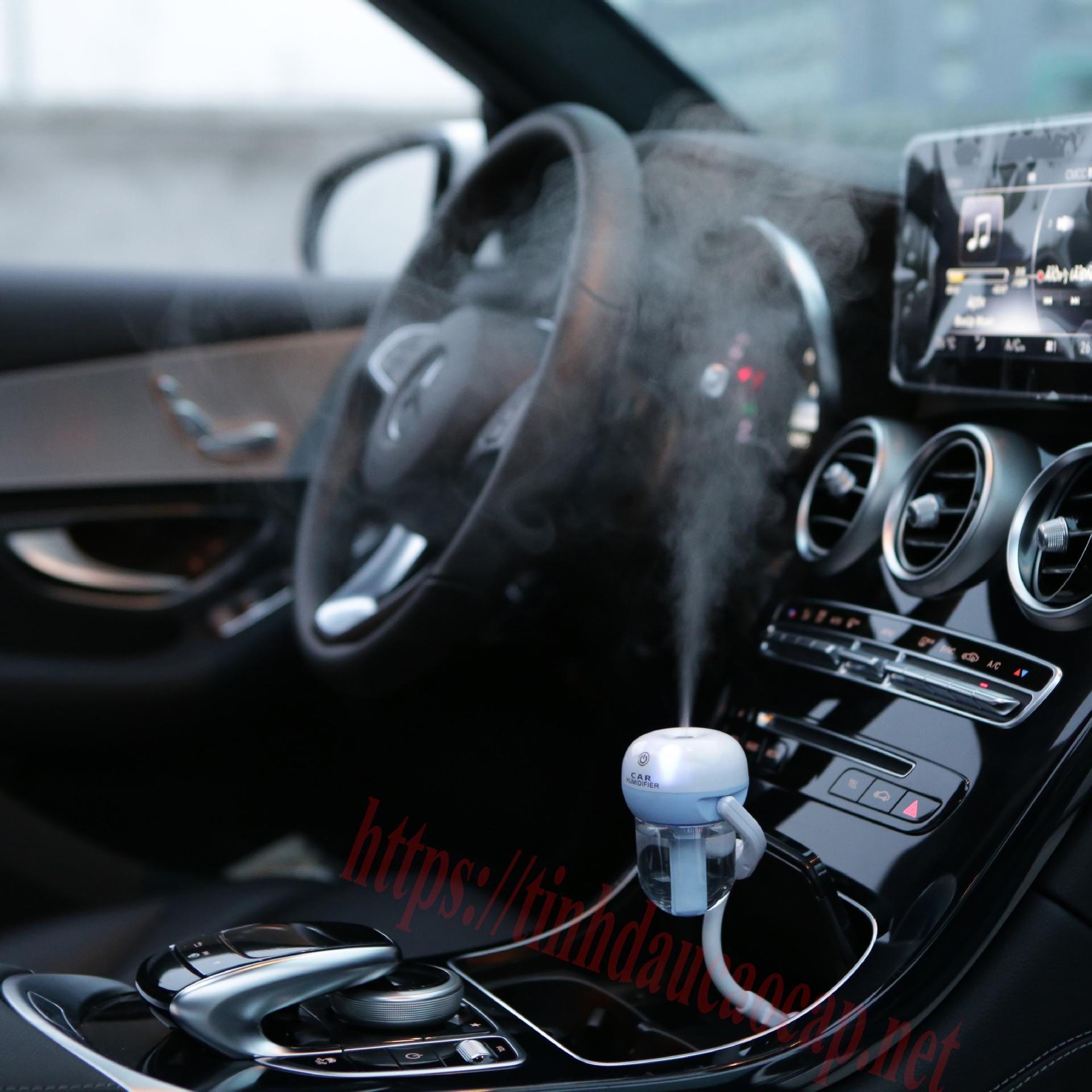 Sử dụng máy khuếch tán tinh dầu cho xe hơi